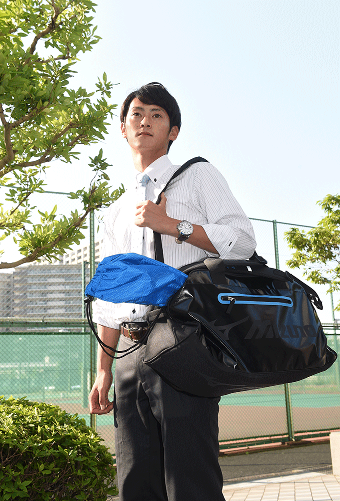 大阪市のミズノ本社から練習コートへ 「練習は、今はまだ週2回がやっとです」