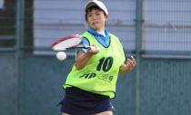 昨日のシングルスに続いて、U-20女子ダブルスでも優勝! 林田リコ(文大杉並高)