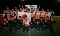 11/20表彰式=男子12選手が喜びを爆発。この瞬間が見たかった! 写真◎川口洋邦