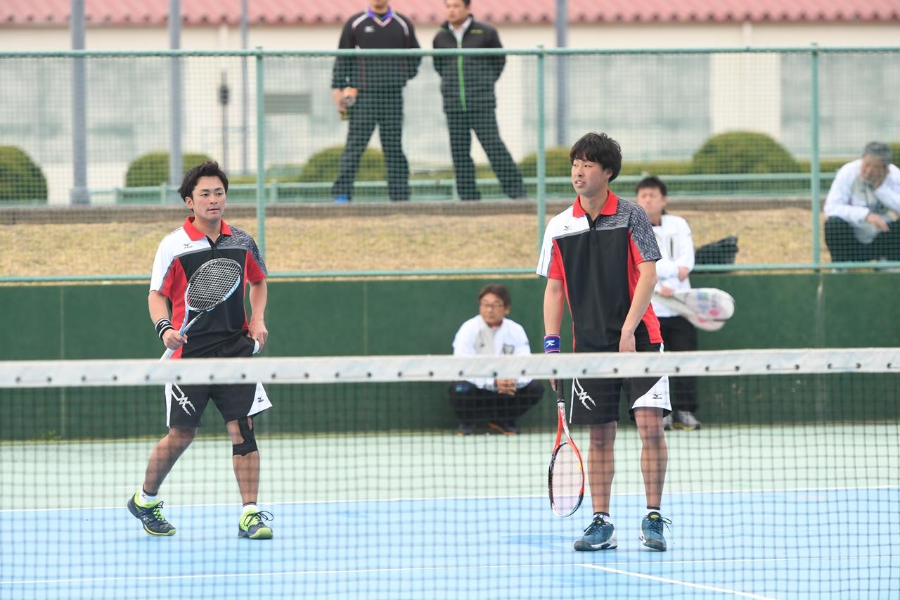 ナショ合宿、アジア選手権ダブルスのペアで4月から早稲田大の新1年生となる上松俊貴(右)と