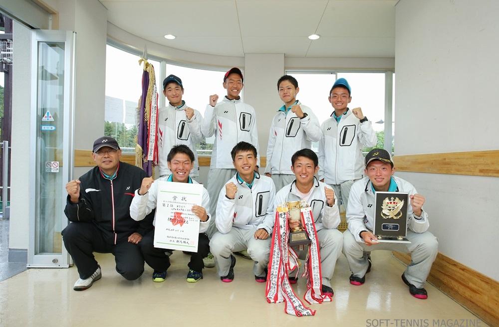 画像2: 青森県では新青森県営総合運動公園にて、6月3日にインターハイ団体県予選が行われた。トーナメント戦の結果、男子は八戸工大一が5年連続39回目の出場。女子は弘前実業が2年連続3回目の出場を決めている。 【男子団体】 1 [...] www.softtennis-mag.com