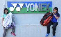東京・湯島のヨネックス本社で。『My Bag, My Buddy』取材中の一コマ。ソフトテニス・マガジン7月号に貝瀬選手、同8月号(6月27日発売)に吉田選手を掲載